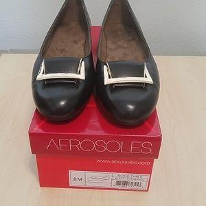 NEW Aerosoles leather flats gold  details size 8